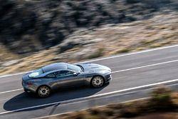 Aston Martin DB11