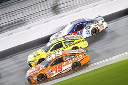 Carl Edwards, Joe Gibbs Racing Toyota; Matt Kenseth, Joe Gibbs Racing Toyota and A.J. Allmendinger,