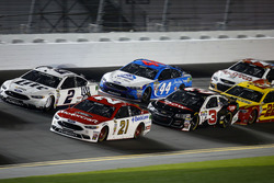 Ryan Blaney, Wood Brothers Racing Ford; Brad Keselowski, Team Penske Ford; Austin Dillon, Richard Childress Racing Chevrolet; Brian Scott, Richard Petty Motorsports Ford