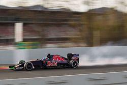 Max Verstappen, Scuderia Toro Rosso STR11 bloque ses roues au freinage