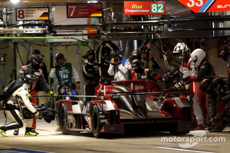 #7 Audi Sport Team Joest Audi R18: Марсель Фасслер, Андре Лоттерер, Бенуа Трелує