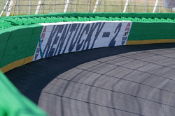 Kentucky SAFER barrier