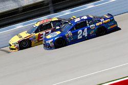Jeffrey Earnhardt, Go Green Racing Ford, Chase Elliott, Hendrick Motorsports Chevrolet