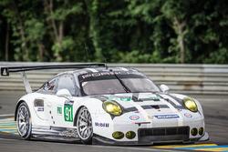 #91 Porsche Motorsport Porsche 911 RSR: Нік Тенді Патрік Пілет, Кевін Естр