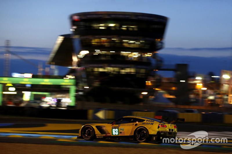 25. #63 Corvette Racing Chevrolet Corvette C7-R: Jan Magnussen, Antonio Garcia, RickyTaylor