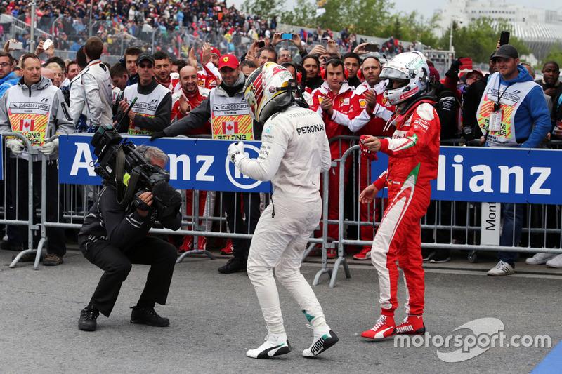 Ganador, Lewis Hamilton, Mercedes AMG F1 celebra con Sebastian Vettel, Ferrari