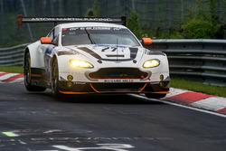 #27 Aston Martin Racing, Aston Martin Vantage GT3: Jonny Adam, Fernando Rees, Mathias Lauda, Richie