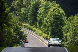 #351 Black Falcon Team TMD Friction, Porsche Cayman GT4 CS: Christian Björn-Hansen, Runar Vatne, Sug
