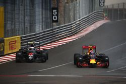 Jenson Button, McLaren Honda F1 Team MP4-31 and Max Verstappen, Red Bull Racing RB12