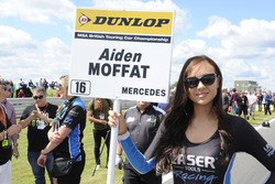 Chica de la parrilla para Aiden Moffat, Laser Tools Racing