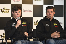 Erik Jones, Furniture Row Racing Toyota, Martin Truex Jr., Furniture Row Racing Toyota