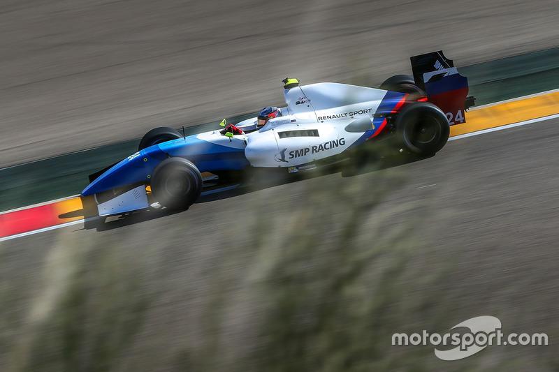 n°24 - Matevos Isaakyan, SMP Racing