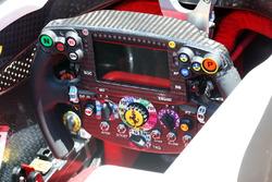 Lenkrad des Ferrari SF16-H
