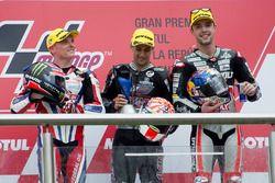 Podio: ganador Johann Zarco, Ajo Motorsport, segundo lugar Sam Lowes, Federal Oil Gresini Moto2, ter