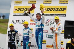 Podium: Race winner Jason Plato, Subaru Team BMR; Tom Ingram, Speedworks Motorsport; Colin Turkingto