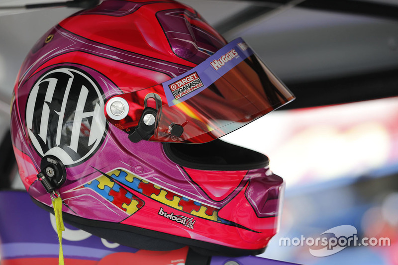 Tribute helmet to Bryan Clauson of Kyle Larson, Chip Ganassi Racing Chevrolet