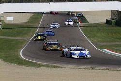 Partenza Gara 2 GTCup: #106 Lamborghini Huracan S.GTCup, Vincenzo Sospiri Racing: Nemoto-Costa al co