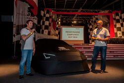 Jamie Puig e Alejandro Mesonero-Romanos tolgono svelano la Seat Leon TCR