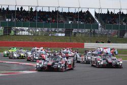 Marcel Fassler, Andre Lotterer, Benoit Treluyer, #07 Audi Sport Team Joest Audi R18 at the start of