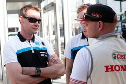 Fredrik Ekblom, Polestar Cyan Racing and Rob Huff, Honda Racing Team JAS