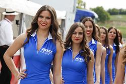 WTCC-Girls im Fahrerlager
