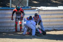 Problemi al cavatappi per Davide Giugliano, Aruba.it Racing - Ducati