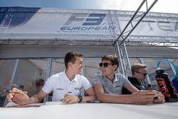 Sessione autografi, Ben Barnicoat, HitechGP Dallara F312 - Mercedes-Benz, George Russell, HitechGP D