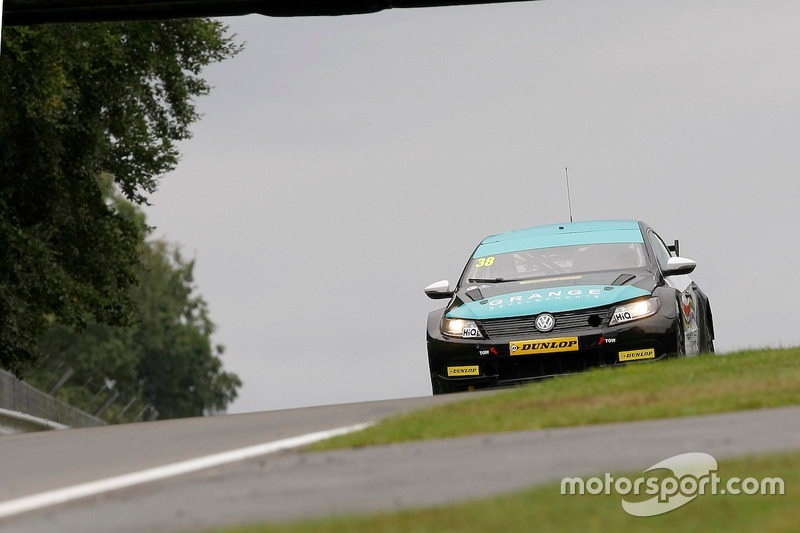 #38 Mark Howard, BKR, Volkswagen CC