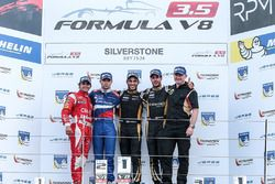 Podium: race winner Roy Nissany, Lotus, second place Matthieu Vaxiviere, SMP Racing, third place Ren