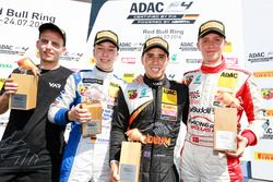 Podium: Sieger Joseph Mawson, Van Amersfoort Racing; 2. Mike David Ortmann, Mücke Motorsport; 3. Nicklas Nielsen, Neuhauser Racing