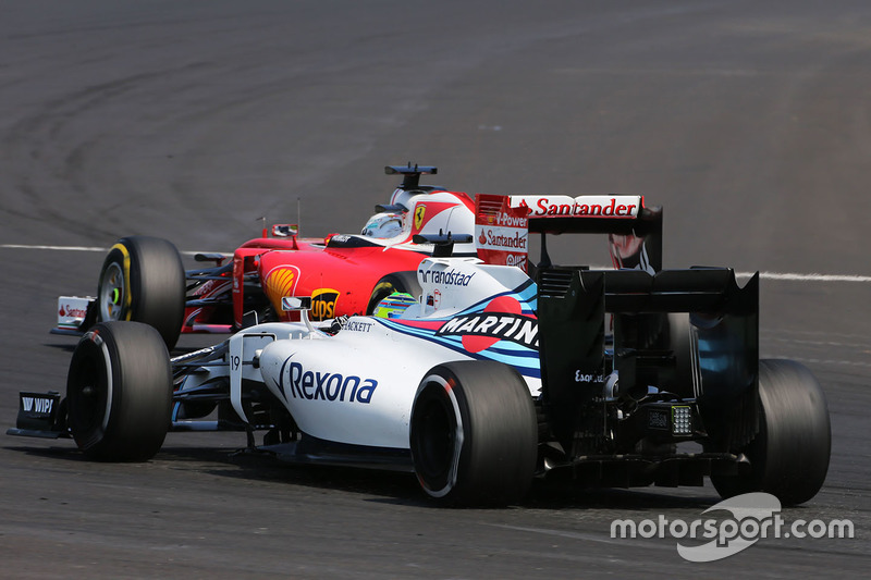 Sem ritmo, Felipe Massa ficou ainda mais para trás - para ser mais exato, uma posição atrás de Nasr, em 18º.