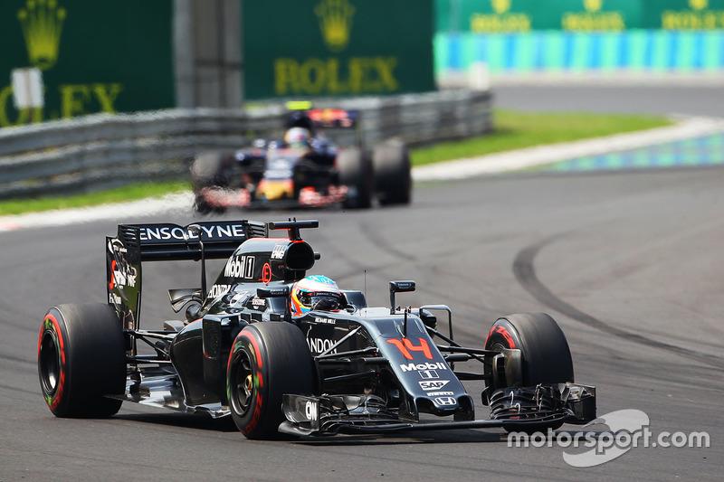 O melhor depois das três equipes principais da F1 foi Fernando Alonso, em sétimo.