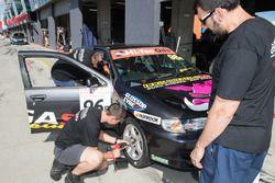 Dimitrios Agathos, James Duckworth, Nissan Pulsar N15