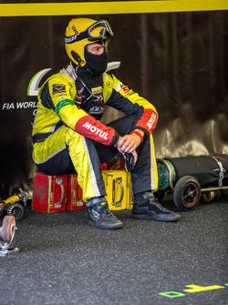 Larbre Competition: pit ekibi