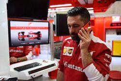 Un ingénieur Ferrari
