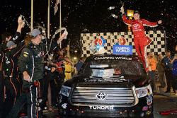 Ganador de carrera, Christopher Bell, Kyle Busch Motorsports Toyota