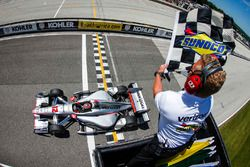 Will Power, de Team Penske Chevrolet, sentencia la victoria