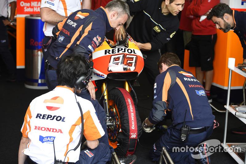 Repsol Honda Team mekanikerleri