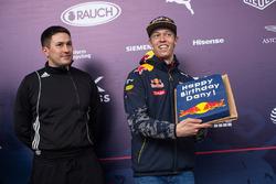 Daniil Kvyat, Red Bull Racing fête son anniversaire
