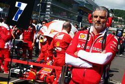 Maurizio Arrivabene, Ferrari Team Principal sur la grille