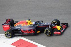 Daniel Ricciardo, Red Bull Racing RB12 avec l'Aeroscreen