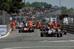 Unfall: George Russell, HitechGP, Dallara F312– Mercedes-Benz