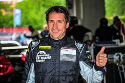 Pole pozisyonu sahibi GTE #77 Proton Competition Porsche 911 RSR 991: Wolf Henzler