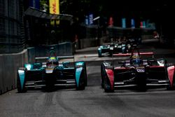 Oliver Turvey, NEXTEV TCR Formula E Team; Jean-Eric Vergne, DS Virgin Racing