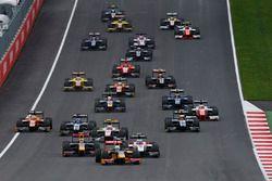 Start: Antonio Giovinazzi, PREMA Racing leads