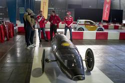 Kimi Raikkonen, Ferrari y Marc Gene, Piloto de prueba, Scuderia Ferrari y estudiantes de la unam con