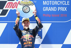 Podium: race winner Brad Binder, Red Bull KTM Ajo