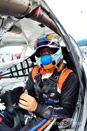 #08 MP2B BMW E46: Michael Camus of Epic Motorsport
