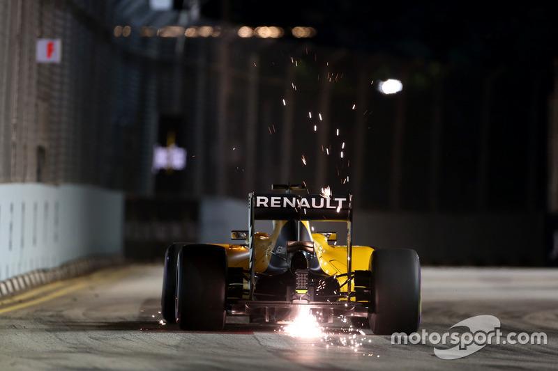 15: Kevin Magnussen, Renault Sport F1 Team