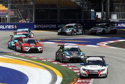 Mikhail Grachev, Honda Civic TCR , WestCoast Racing; Dusan Borkovic, Seat Leon, B3 Racing Team Hunga
